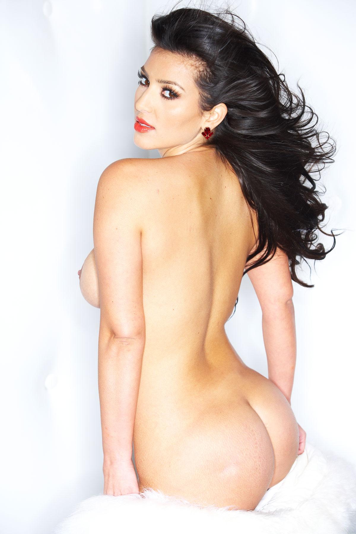 Kim kardashian's sexiest moments