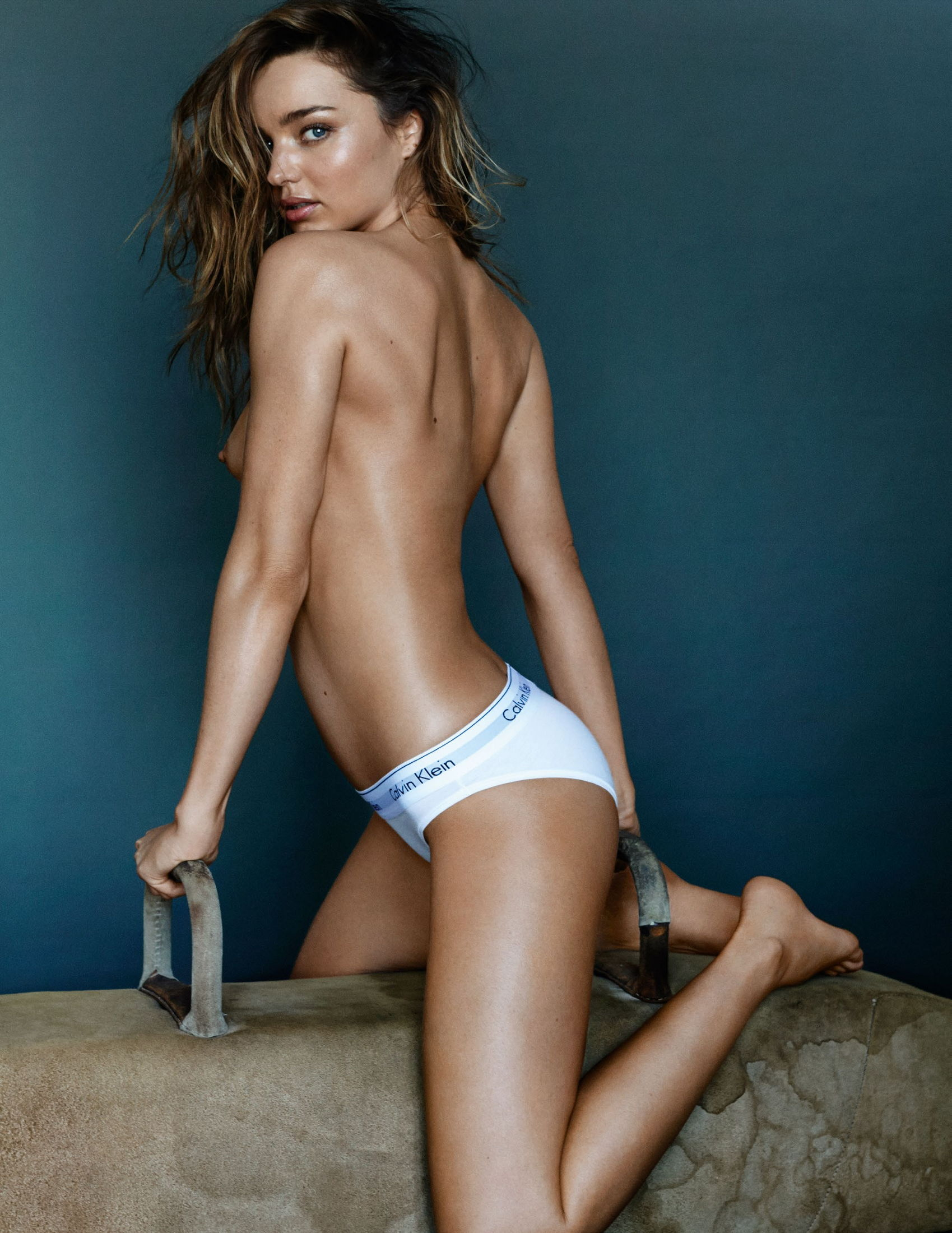 Miranda Kerr Nude Photos Sex Scene Pics